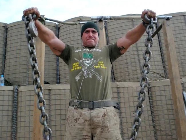 marine-exercise-chains