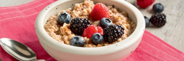 What's Better for Breakfast – Eggs or Oatmeal?
